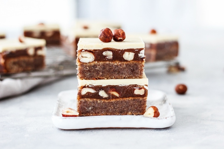 white chocolate hazelnut caramel slices
